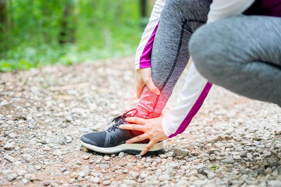 Small ankle pain