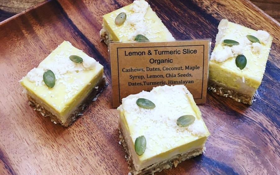 Image of Lemon & Tumeric organic slice