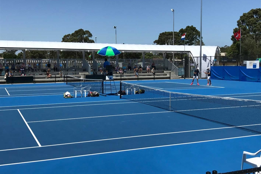 Traralgon blue tennis courts