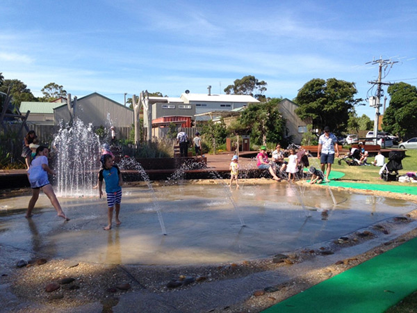 Image of water play area at Patterson Park Playground
